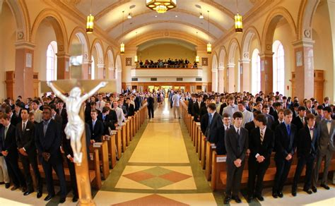 at the baccalaureate mass seniors of 2015 are encouraged
