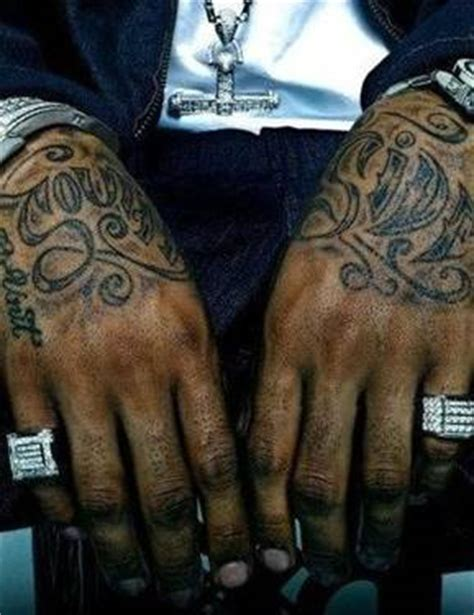 lloyd banks back tattoo lloyd banks tattoos tattooed