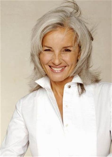 good grey hair styles for 57 year old looking good on pinterest gray hair helen mirren and