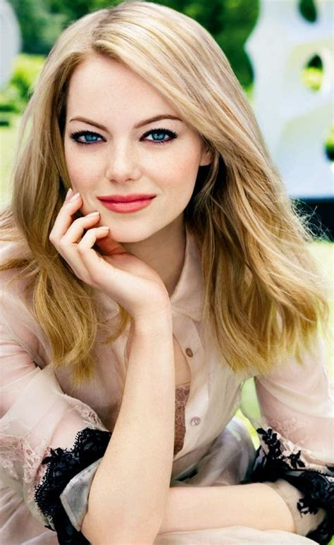 emma stone perfume 1000 images about emma stone on pinterest her hair