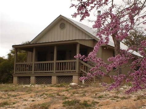 Cabins For Rent In Hill Country by Hill Country Cabin To Rent Fredericksburg Tx
