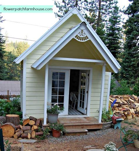 build   crafting cottage  garden shed flower