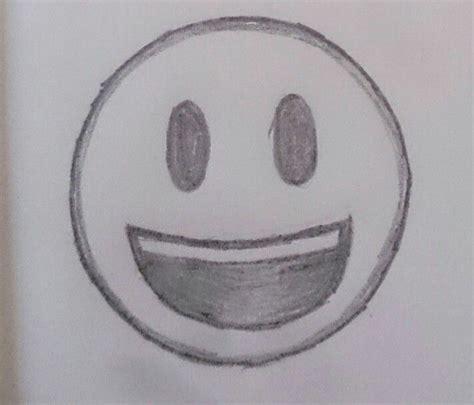 imagenes en blanco y negro whatsapp emoticono de whatsapp de carita sonriente en blanco y