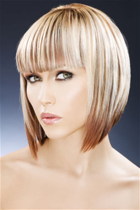 Reverse Bob With Two Tone Color | two tone color inverted bob