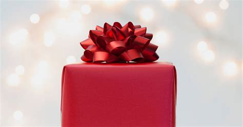christmas gift 20 amazing christmas gift ideas to make her feel special