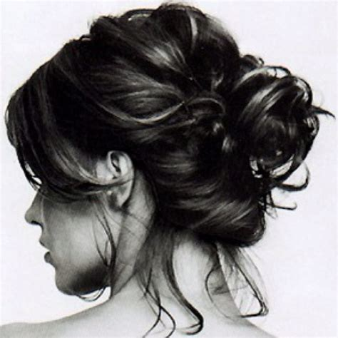 casual hairstyles buns 1000 ideas about casual bun on pinterest small things