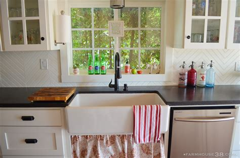 Beadboard Backsplash Kitchen by Diy Herringbone Beadboard Backsplash Farmhouse38