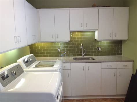 Midcentury L Shaped White Modern Laundry Room With Laundry Room Utility Sink Ideas