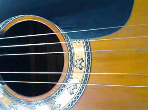 cara bermain gitar kecil 4 senar cara memasang senar gitar warungasep