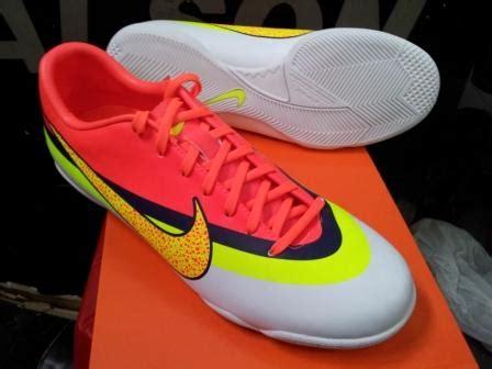 Sepatu Bola Cr sepatu futsal nike cr mercurial victory iv chexosnews chexosnews