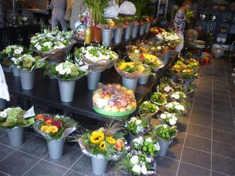 bloemen bezorgen oldebroek fleurcentrum blok uit wezep regiobloemist