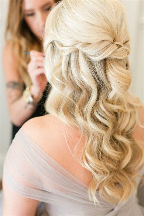 Half Up Wedding Hairstyles by 10 Glamorous Half Up Half Wedding Hairstyles From