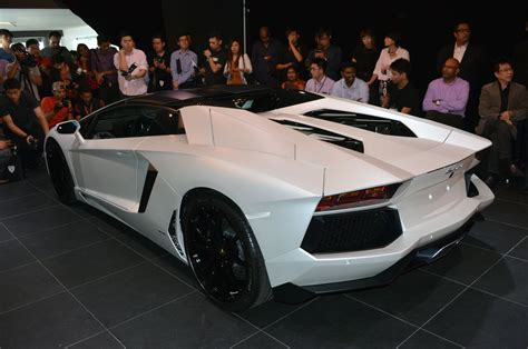 lamborghini aventador lp700 4 roadster previewed in malaysia 18 months wait list from rm3