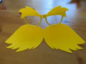 Cheap And Easy Halloween Crafts - diy lorax costume blondie amp curls