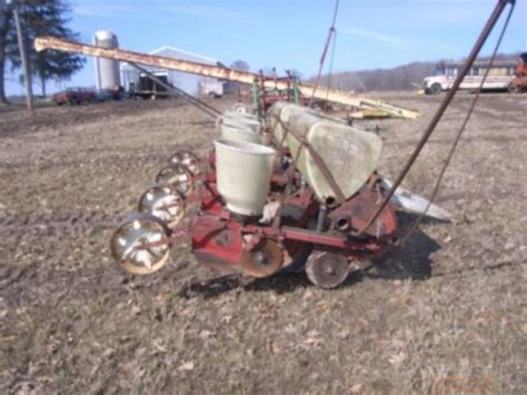 Ih 56 Planter by Ih 56 4 Row Corn Planter