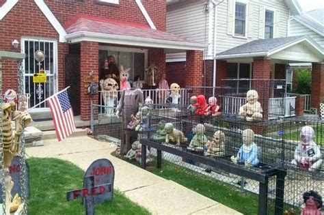 zombie home decor outdoor halloween decorations ideas to stand out