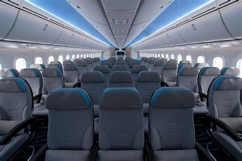 dreamliner cabin emirates codeshare flydubai pakai boeing atau airbus