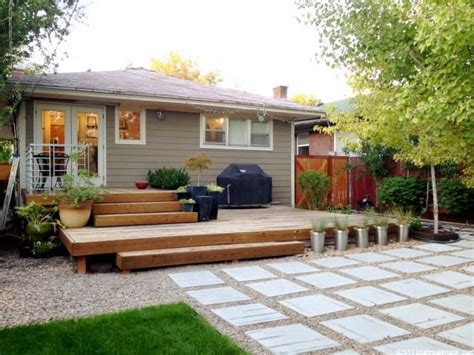 bungalow backyard best 25 bungalow landscaping ideas on pinterest