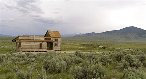 Idaho Cabin by 690 Sq Ft Lost Cabin In Idaho