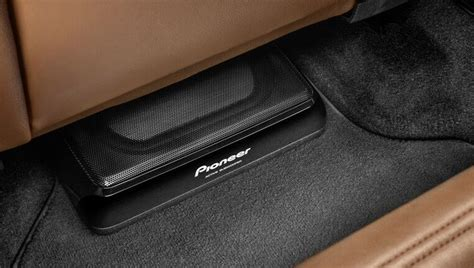 Auto Subwoofer by Subwoofer Pioneer