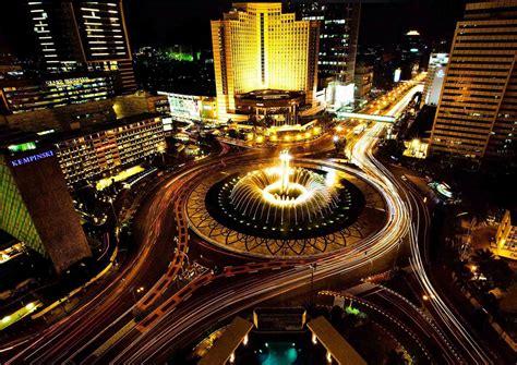 tempat wisata indonesia  semakin cantik  malam hari