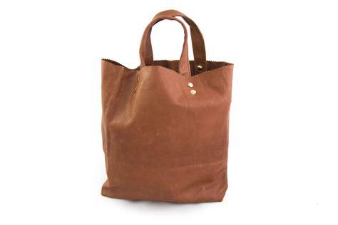 bag of leather shopping bag crocodilecafeblog