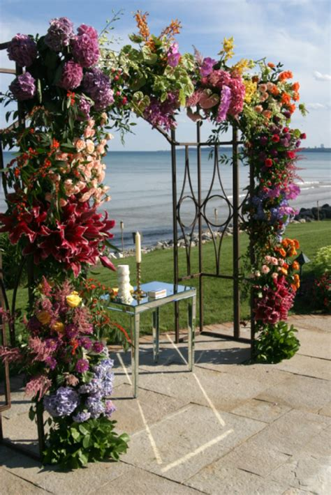 Chuppah (Huppah) Ideas for Your Jewish Wedding   Arches, Canopy   Mazelmoments.com