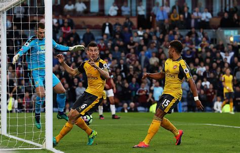Arsenal Burnley   burnley 0 1 arsenal gunners grab late victory on wenger