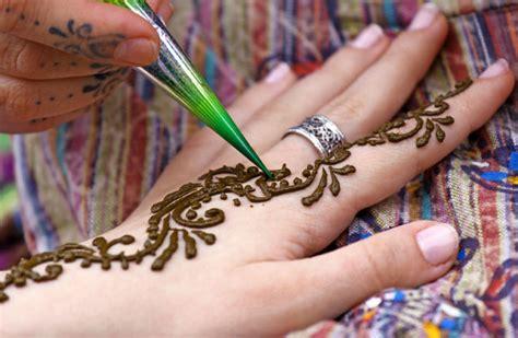 henna tattoo wie alt muss man sein die neusten instagram trends zusammengefasst