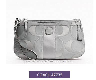 Coach Corner Zip Wristlet Wallet Large Preloved Coach 47735 Signature Stripe Sateen Outline C Large