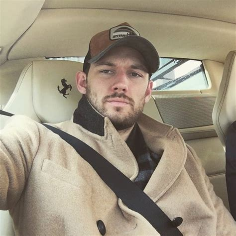 alex pettyfer on instagram celeb instagram alex pettyfer 160412 25 male celeb news