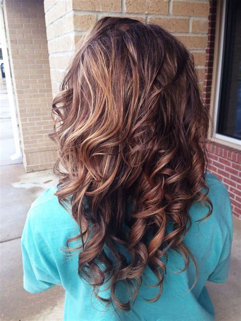 brunette hairstyles with copper highlights brunette with blonde red and copper highlights great for