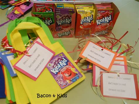 kindergarten themes for the school year end of school year classmates gift bacon kids