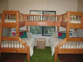 4 Bed Bunk Beds 4 5 Person Bunk Beds House Bambino S Bedroom Bedrooms Kid And Bunk Beds