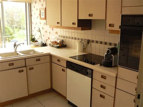 repeindre meuble cuisine peinture pour meuble de cuisine en chene repeindre meuble