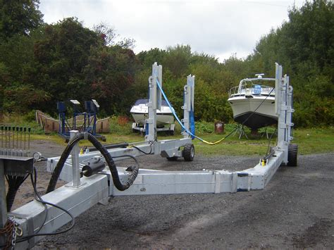 lifting pontoon boat off trailer trailer mounted man lift for sale autos weblog
