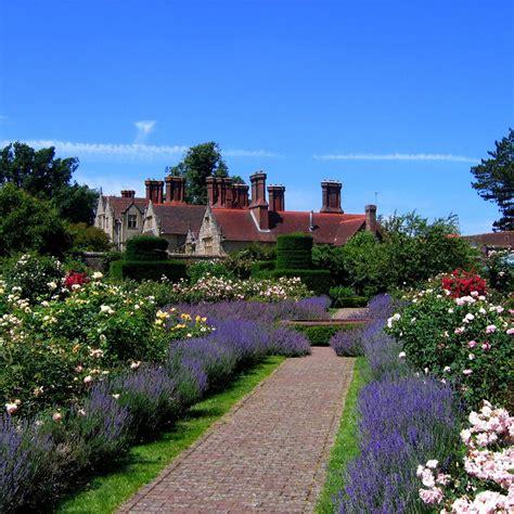 imagenes de casas con jardines hermosos fotos de casas im 225 genes casas y fachadas fotos de casas