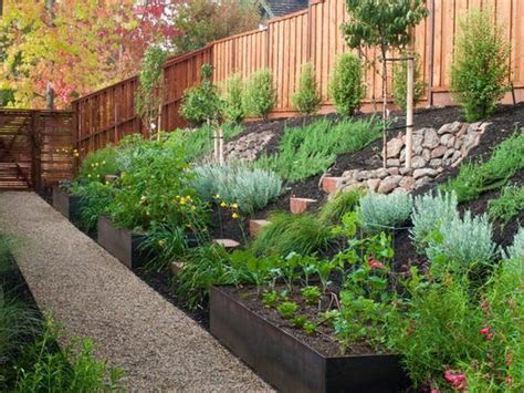 sloped backyard retaining wall best 25 sloped backyard landscaping ideas on pinterest