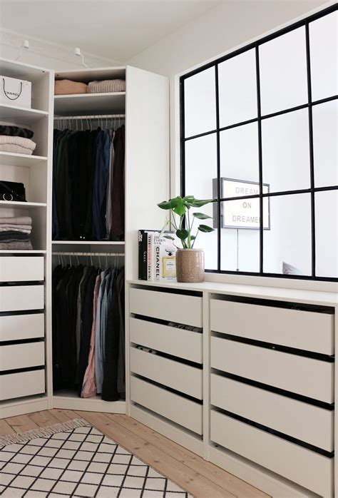 Walk In Closets Ikea by Best 25 Window Wall Ideas On Wall Of Windows Industrial Windows And Industrial