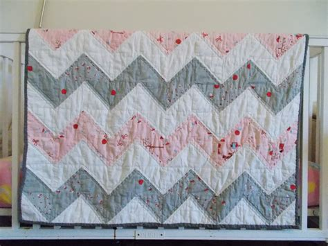 Chevron Baby Quilt Pattern Free by Books Lists Chevron Baby Quilt Or Half Square