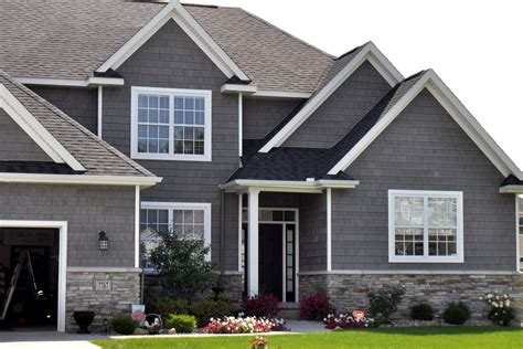Exterior Wainscoting Ideas by Stoned Exterior Wainscot Mystic Gray Laytite J N