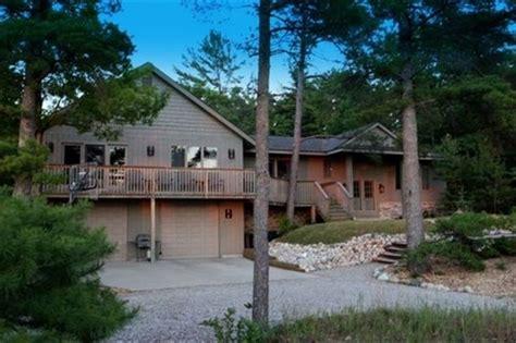 michigan vacation rental homes glen arbor 5250 michigan vacation home rentals
