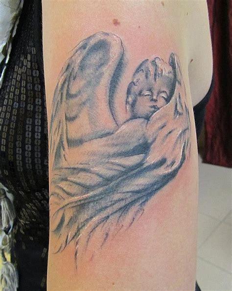 tattoo arm engel tattoos bilder engel tattoo arts