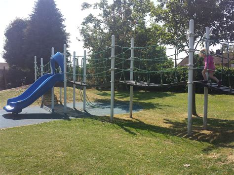 edmonds park edmonds park play area didcot oxfordshire freeparks co uk