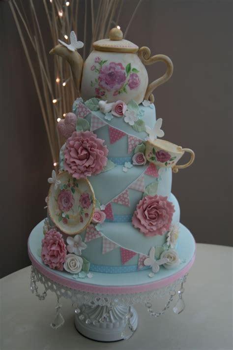 friends mum    cakes stunning vintage