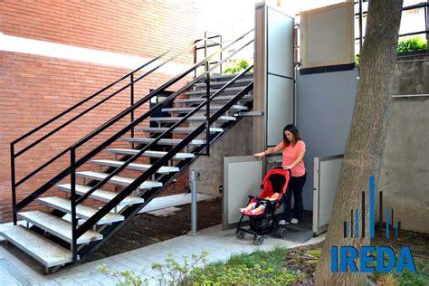 pedana disabili condominio piattaforma elevatrice per accesso a un condominio di pero