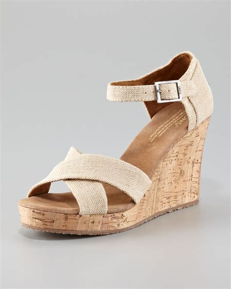 Sendal Wedges Pnc 1 toms cork wedge sandal in brown beige lyst