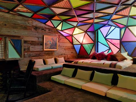 Glass Ceiling Site by 21c Museum Hotel In Louisville Offers Immersion
