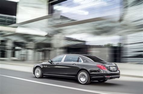 maybach australia la show new mercedes maybach cruising to australia goauto