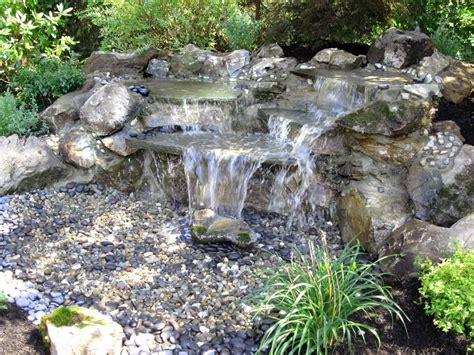unique water features natural waterfalls streams long